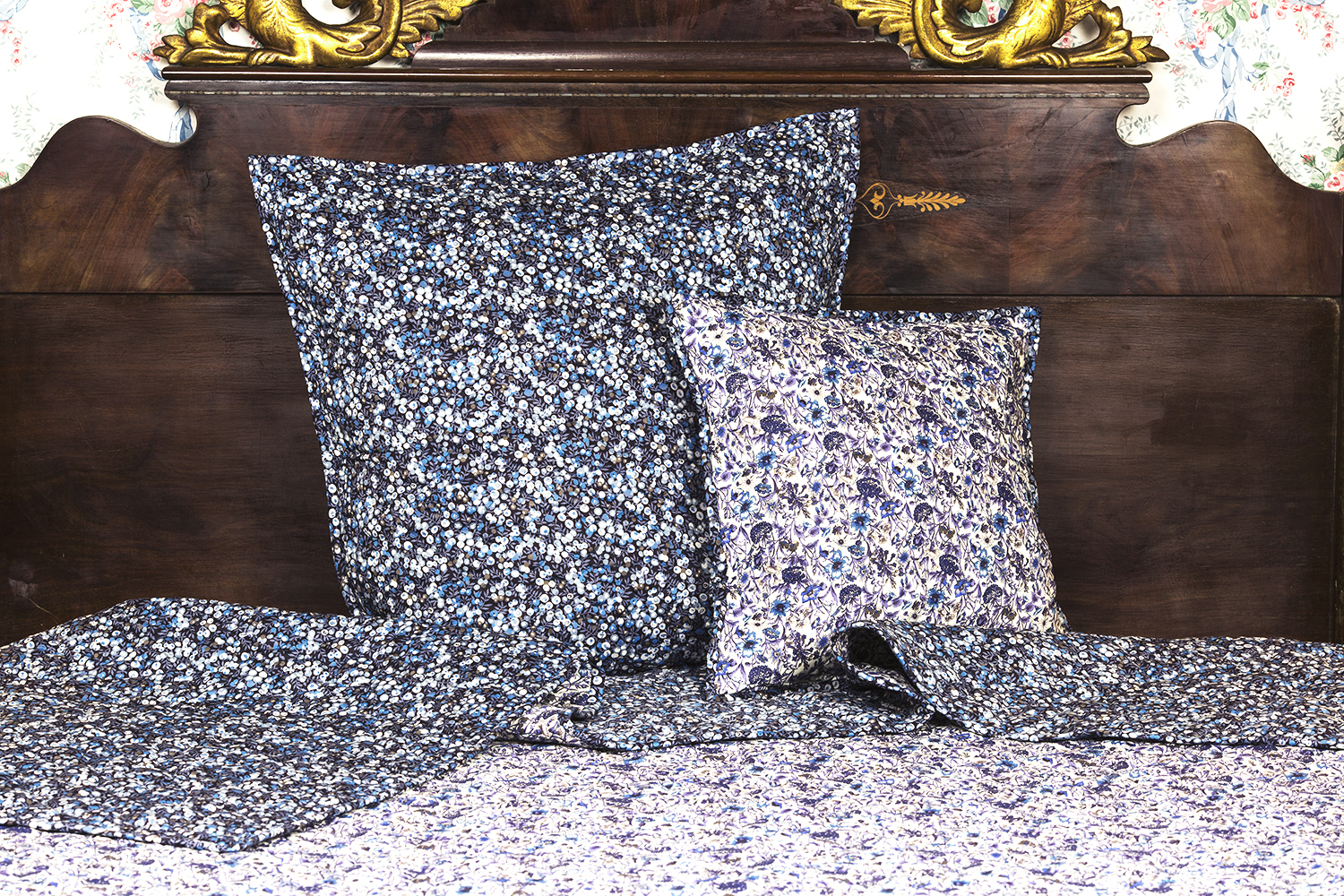 2 CUSHION Covers Liberty Fabrics Prints STAR 1004  40X40cm.