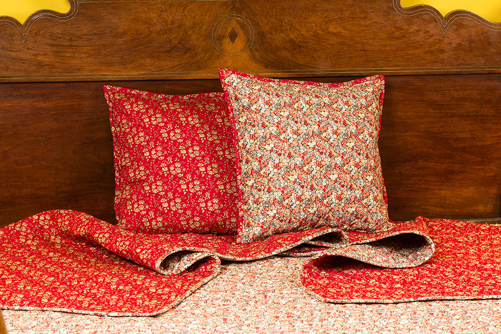 2 CUSHION Covers Liberty Fabrics Prints STAR1007  1 of 40X40cm and 1 of 60X60cm.